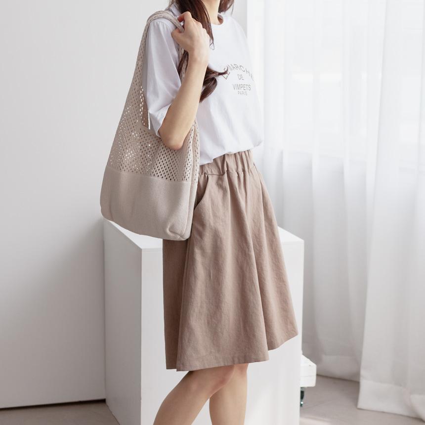Solid Wide Leg Linen Shorts-Holiholic