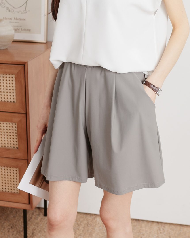 Cool Stretch Shorts with Elastic Waist-Holiholic